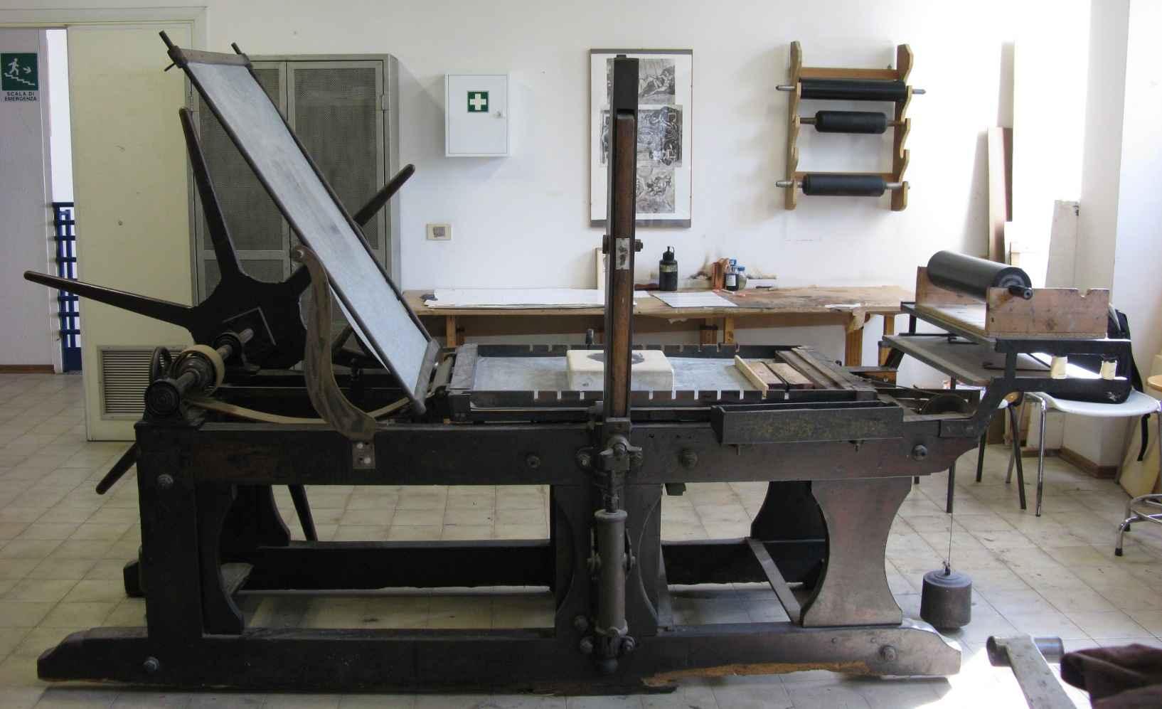 Read more about the article Il torchio litografico – Unicità delle stampe riprodotte